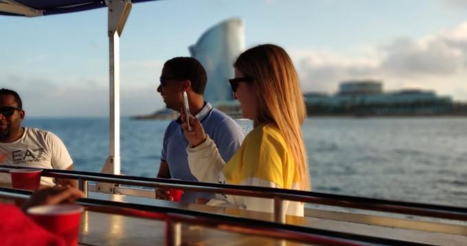 Alquiler de barcos Barcelona barato de Pedal Cruiser
