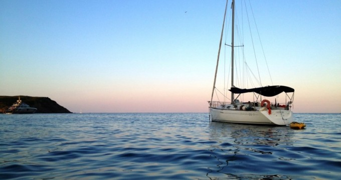 Alquiler de barcos Roses barato de First 33.7