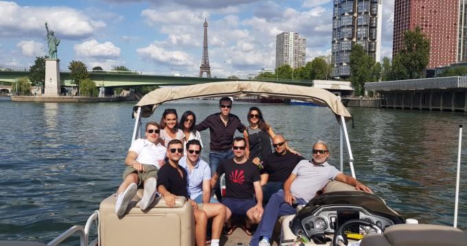 Alquiler de Lancha, con o sin patrón Suntracker Paris