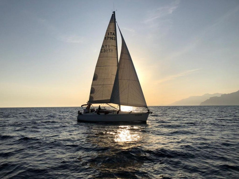 Alquiler Velero Delphia-Yacht con título de navegación