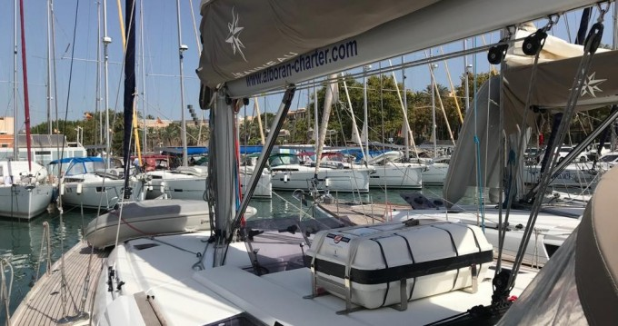 Alquiler de barcos Tenerife (Isla) barato de Sun Odyssey 519