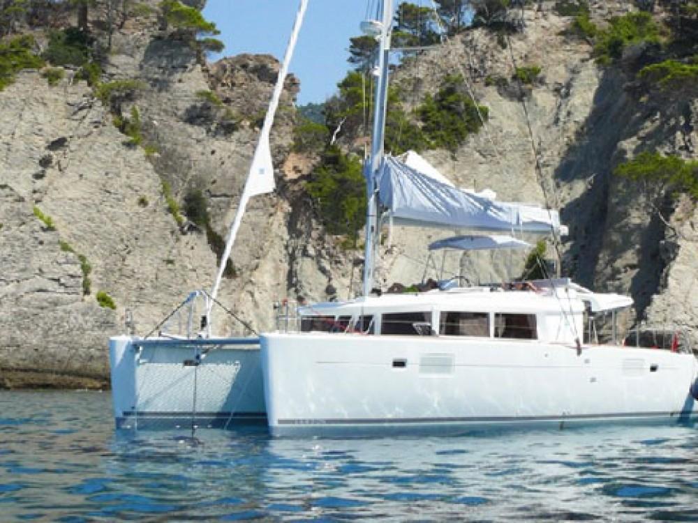 Lagoon Lagoon 450 F entre particulares y profesional Marina de Alimos