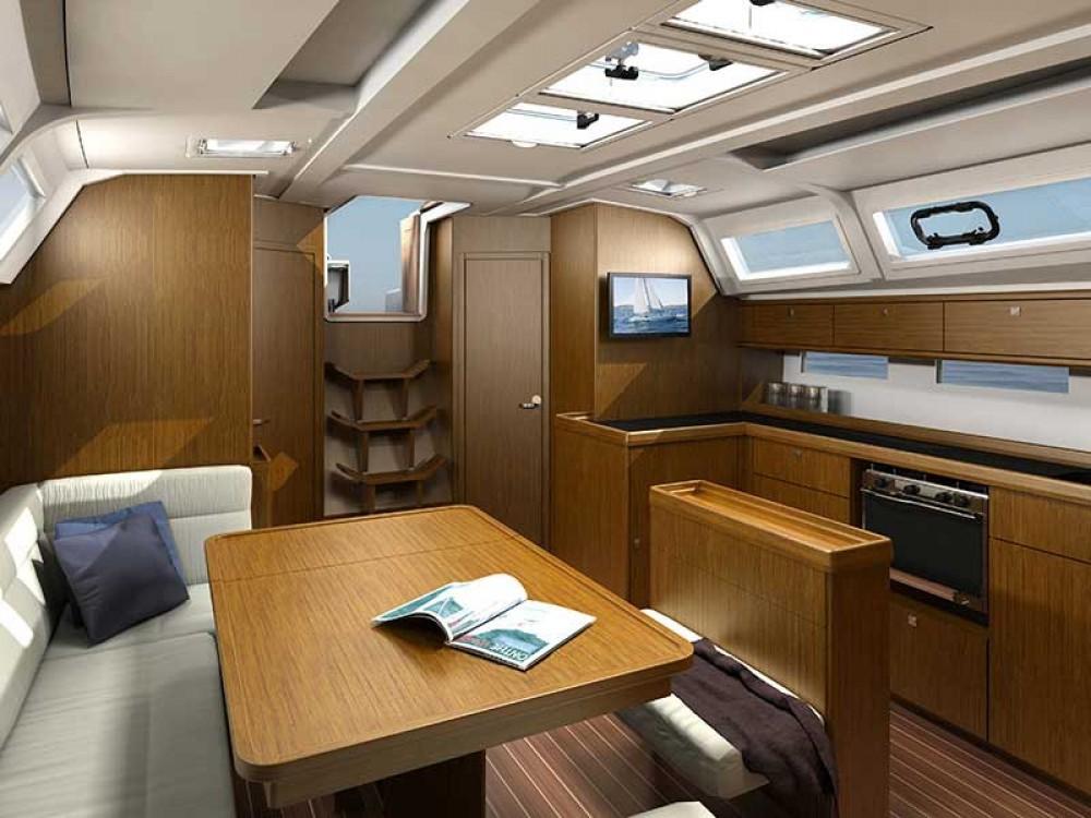Alquiler de yate Rogoznica - Bavaria Bavaria Cruiser 46 en SamBoat