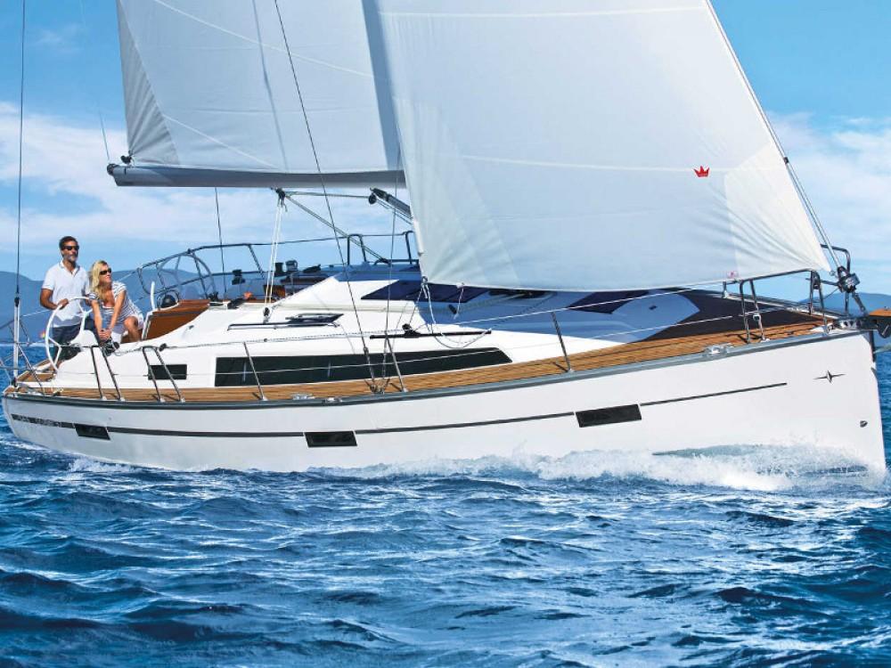 Alquiler Velero Bavaria con título de navegación