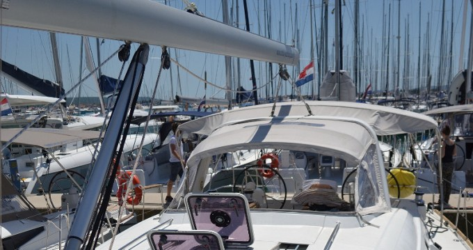 Alquiler de yate Sukošan - Bénéteau Oceanis 50 Familiy en SamBoat