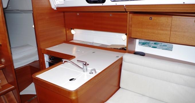 Alquiler de barcos Sukošan barato de Dufour 350 GL