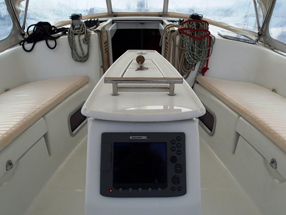 Alquiler de barcos Sukošan barato de Oceanis 43