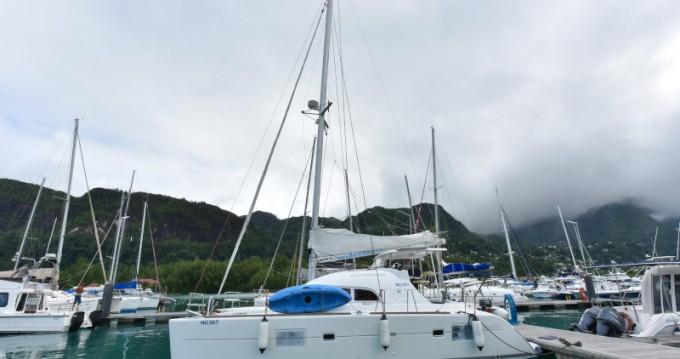 Alquiler de barcos Lagoon Lagoon 380 enEden Island en Samboat