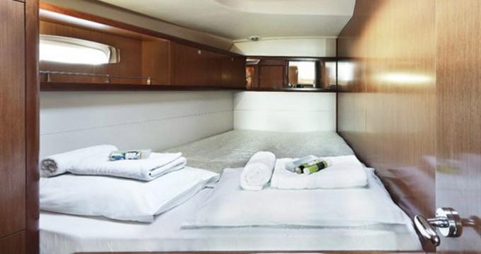 Alquiler de yate Álimos - Bénéteau Oceanis 54 en SamBoat