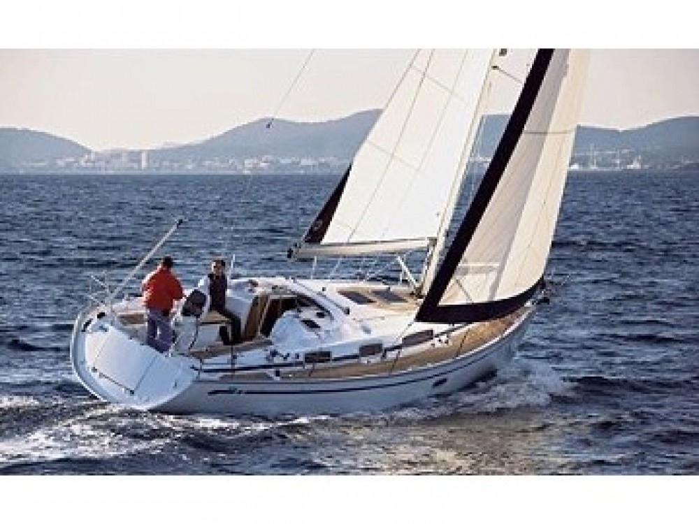 Alquiler de yate  Léucade - Bavaria Bavaria 35 Cruiser en SamBoat