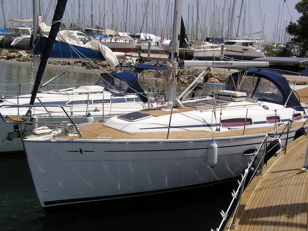 Alquiler de Bavaria Bavaria 35 Cruiser en  Léucade
