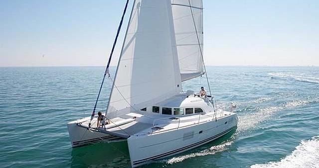 Alquiler de barcos Lefkada (Isla) barato de Lagoon 380 S2
