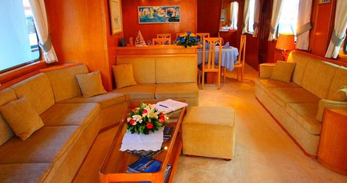 Alquiler de yate Atenas -  Perama Shipyards 102 en SamBoat