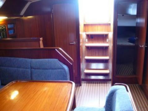Alquiler de barcos Gouviá barato de Bavaria 47