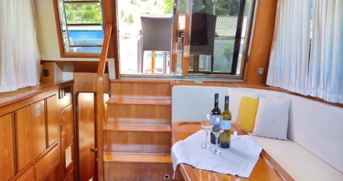 Alquiler Lancha Yaretti con título de navegación