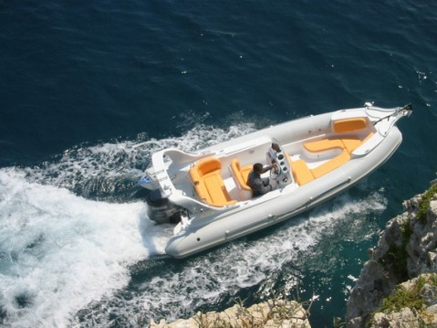 Alquiler Lancha en Primošten -  AGA Marine Spirit 640