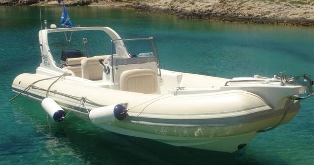 Alquiler de barcos Primošten barato de AGA Marine Spirit 640