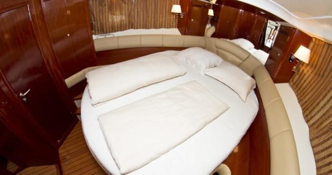 Alquiler de Jeanneau Jeanneau Prestige 46 Fly en Primošten