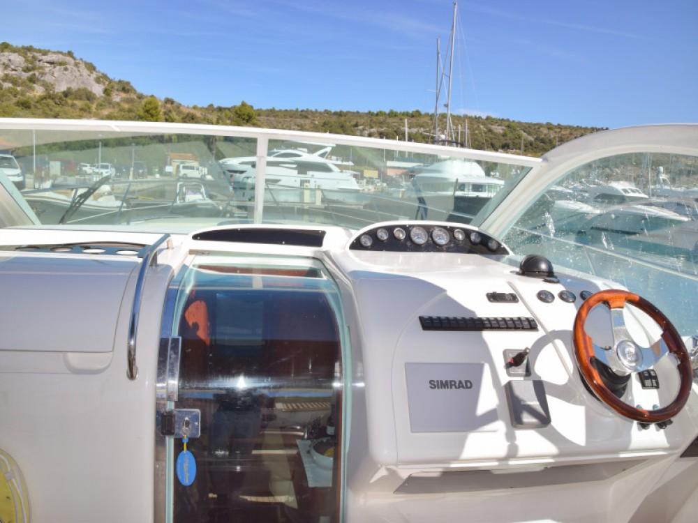 Alquiler de barcos Primošten barato de Fairline Targa 48