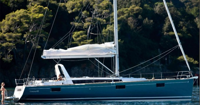 Alquiler de barcos Tivat barato de Oceanis 48