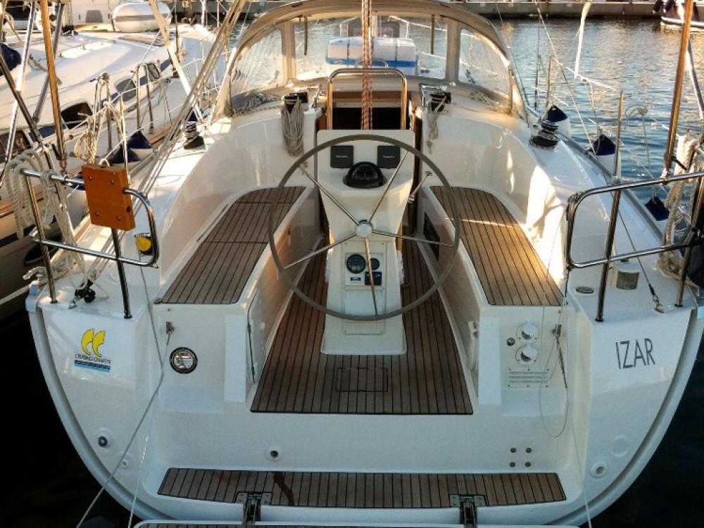 Alquiler de Bavaria Bavaria Cruiser 32  en Marina di Portisco
