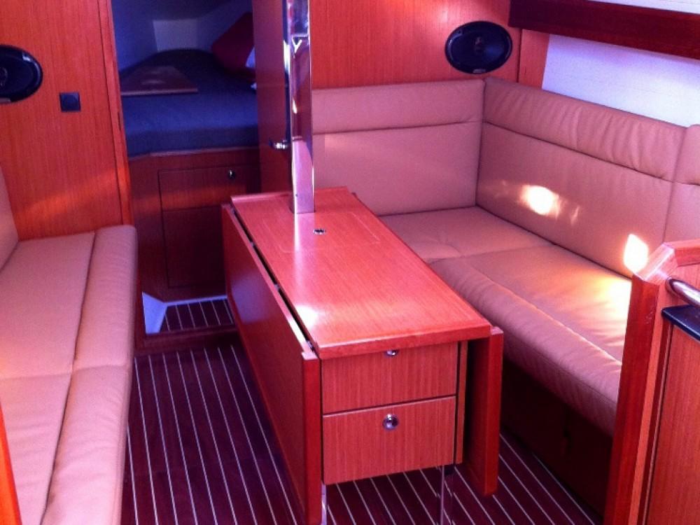 Bavaria Bavaria Cruiser 32  entre particulares y profesional Marina di Portisco