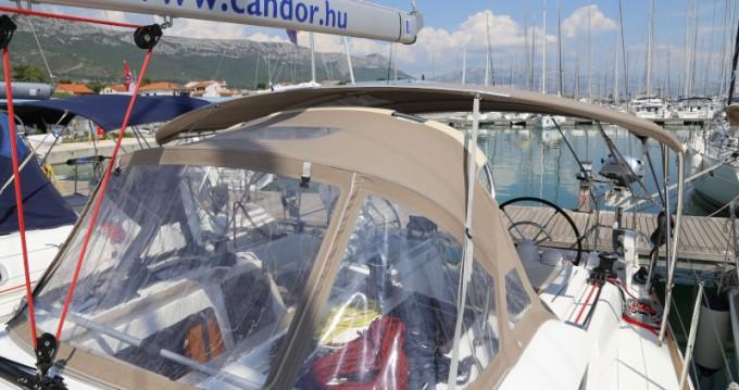 Alquiler de barcos Kaštel Gomilica barato de Sun Odyssey 419