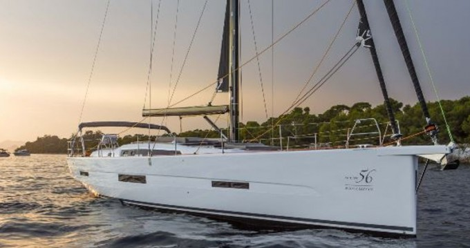 Alquiler de barcos Marina di Portisco barato de Dufour 56 Exclusive