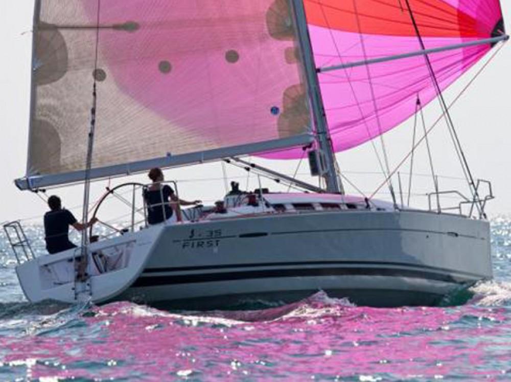 Alquiler de barcos Bénéteau First 35 en en Samboat