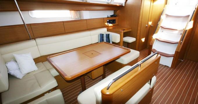 Jeanneau Sun Odyssey 49i entre particulares y profesional Marina di Portisco