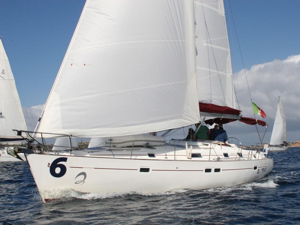 Bénéteau Oceanis 411-4* entre particulares y profesional