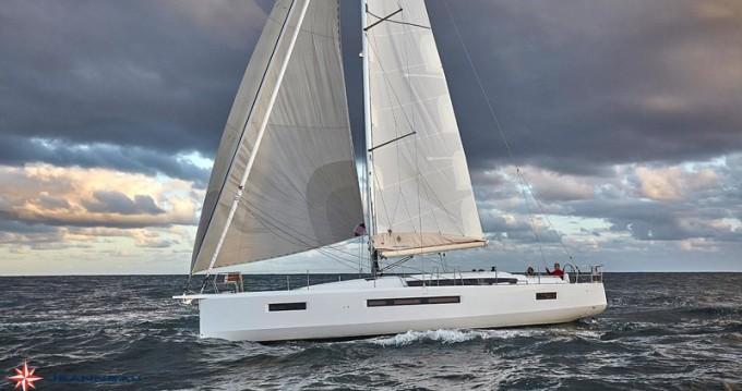 Jeanneau Sun Odyssey 490 entre particulares y profesional Marina di Portisco