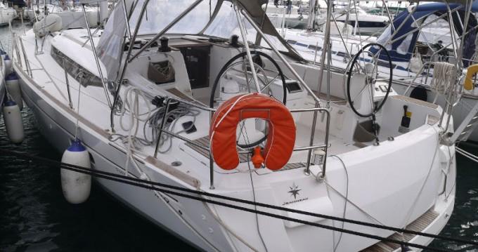 Alquiler de barcos Álimos barato de Sun Odyssey 469