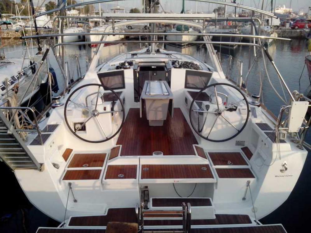 Alquiler de barcos Álimos barato de Oceanis 41