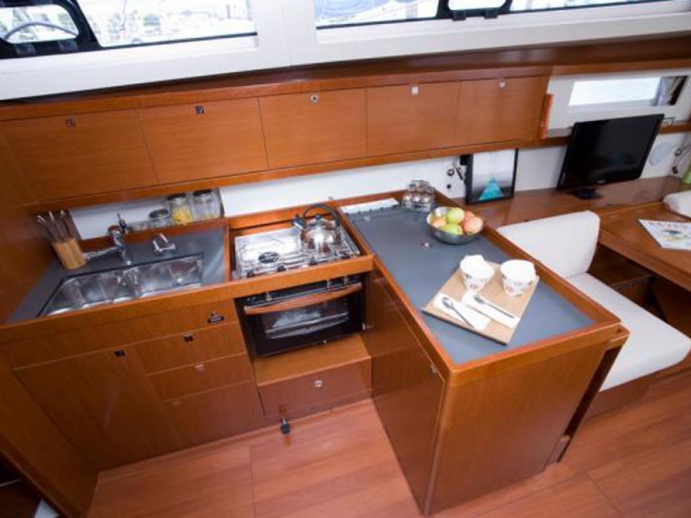 Alquiler de yate Álimos - Bénéteau Oceanis 41 en SamBoat