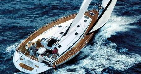 Alquiler de barcos Bavaria Bavaria 49 enAtenas en Samboat