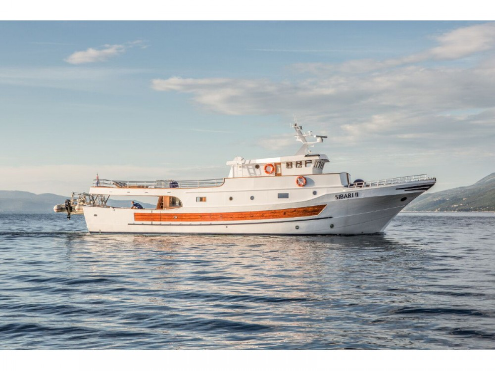 Alquiler de barcos Split barato de Sibari