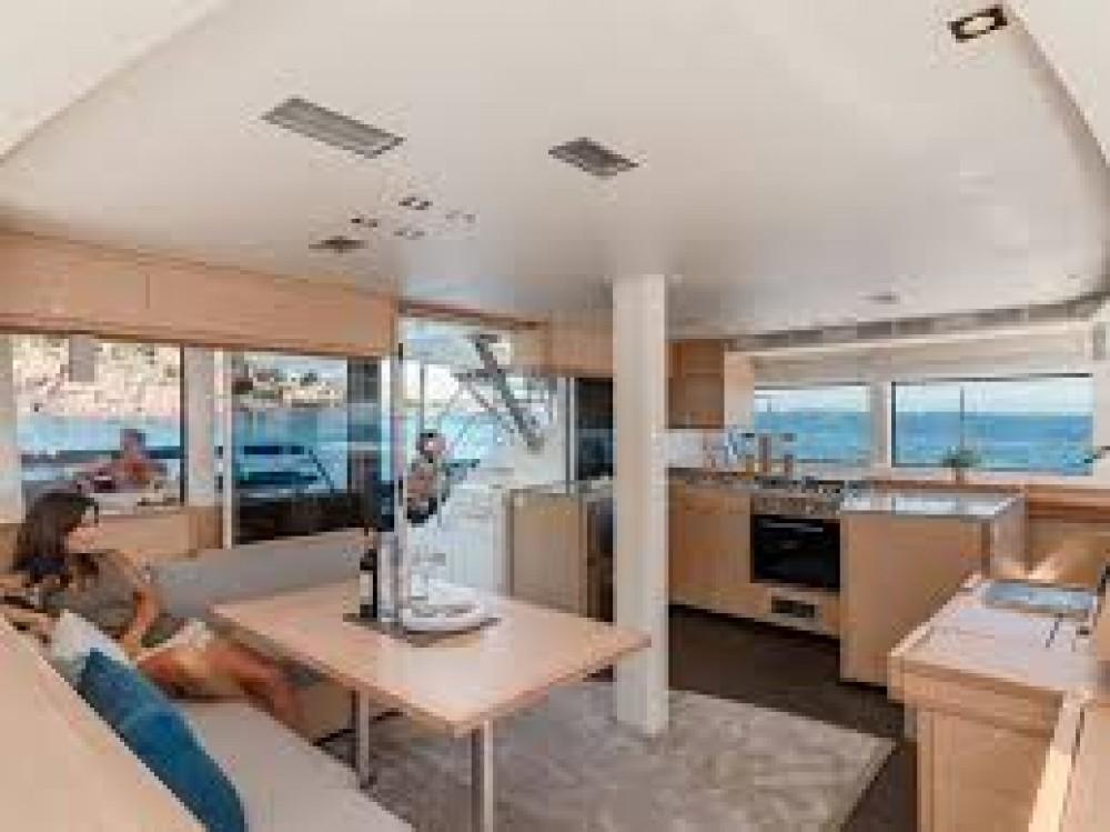 Alquiler Catamarán en Le Marin - Fountaine Pajot Saba 50