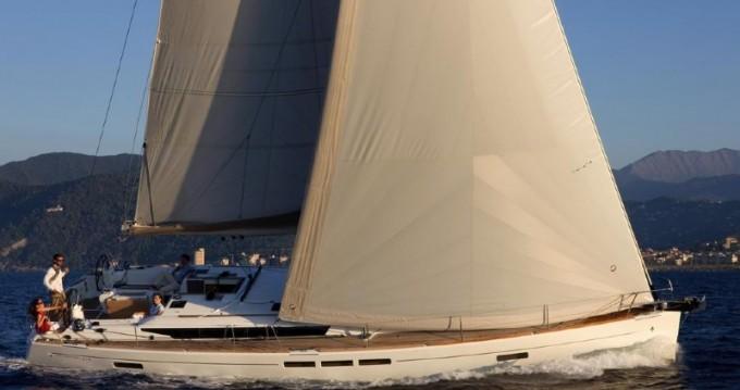 Alquiler de barcos Šibenik barato de Sun Odyssey 519