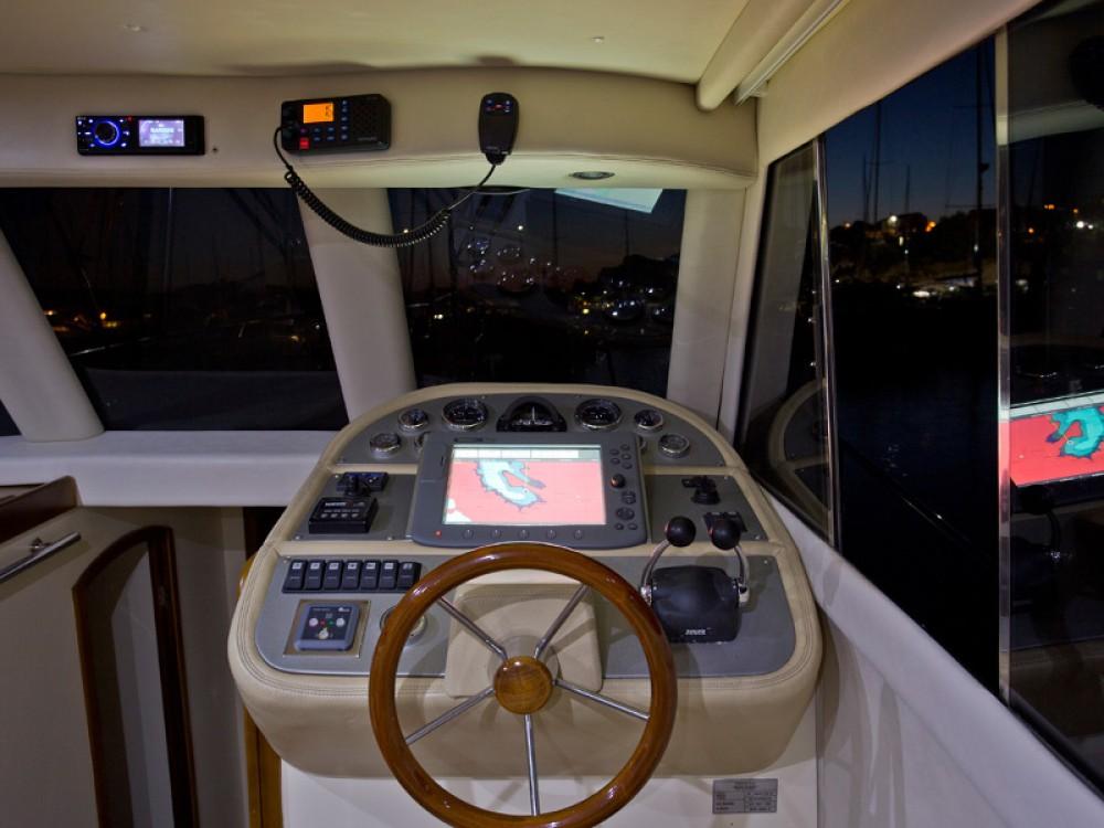 Alquiler Lancha Marco Polo con título de navegación