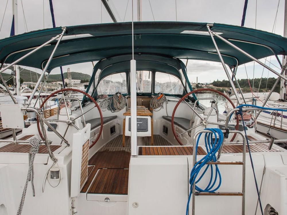 Alquiler de yate Šibenik - Jeanneau Sun Odyssey 49i en SamBoat