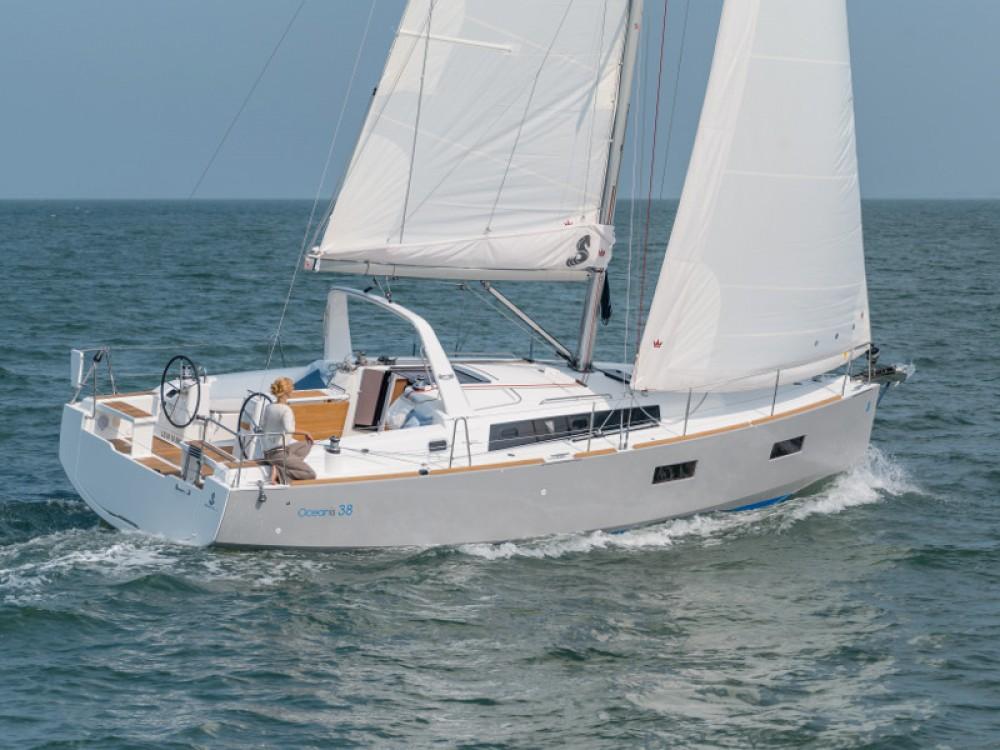 Alquiler de barcos Bénéteau Oceanis 38 enŠibenik en Samboat