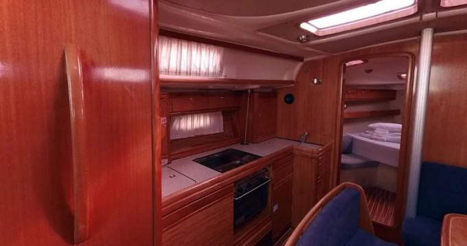 Alquiler de Bavaria Bavaria 39 Cruiser en Betina