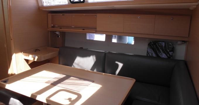 Alquiler de barcos Marina di Portisco barato de Dufour 460 Grand Large 5Cab