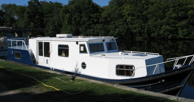Alquiler de barcos  EuroClassic 135 enTannay en Samboat