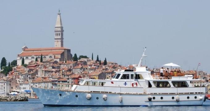 Alquiler de barcos  Fleur de Lys enRijeka en Samboat