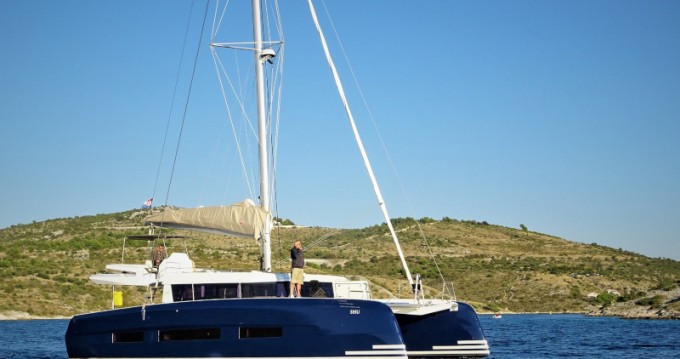 Alquiler de yate Ragusa - Dufour Dufour 48 Catamaran en SamBoat