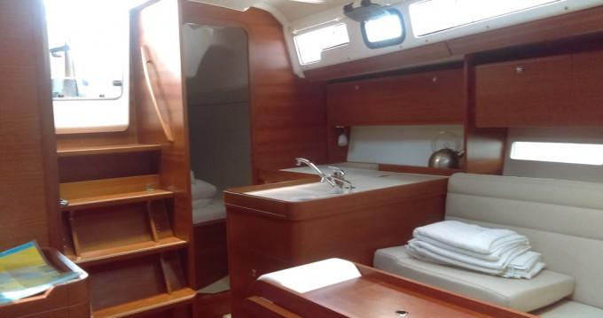 Alquiler de barcos Dufour Dufour 350 Grand Large enKaštel Gomilica en Samboat