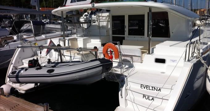 Alquiler de Lagoon Lagoon 400 S2 en Medulin