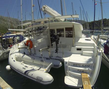 Alquiler de Lagoon Lagoon 400 S2 en Ragusa
